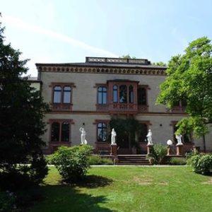 Villa neu aussen